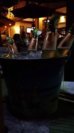 Cruz Bay Landing : Bucket of Coronas!