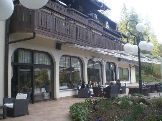 Hotel Ribno : Bar Terrasse Extérieur