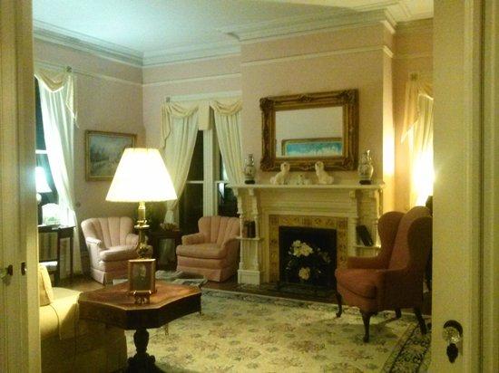 Fairbanks House: The parlor.