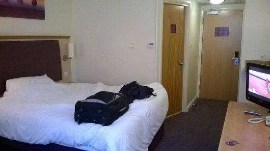 Premier Inn Manchester City Centre - Portland Street: Bedroom