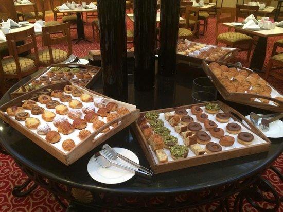 InterContinental Jordan : Just the pastries at breakfast!