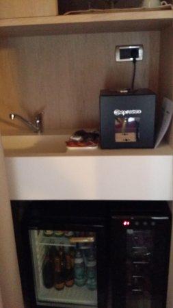 Liassidi Palace Hotel: Nespresso machine ..