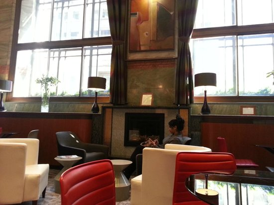 Club Quarters Hotel, Gracechurch : Lobby/drawing room