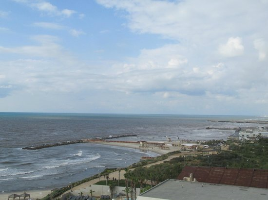 Hilton Tel Aviv: View from my room on the 6th floor