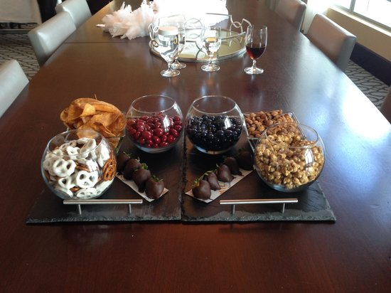 InterContinental Boston : Welcome Food & Beverage Items