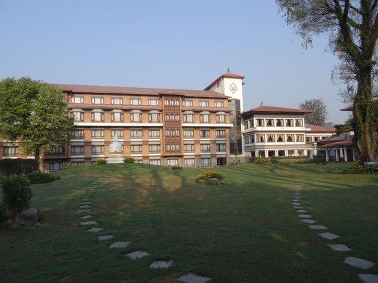 Malla Hotel: Hotelansicht Parkseite