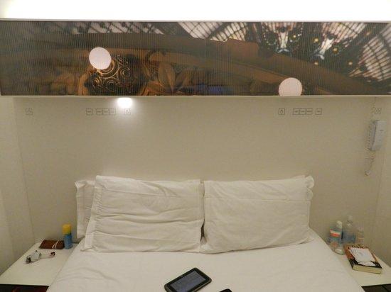 Maxim Folies : habitación