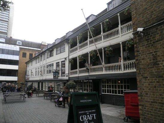 The George: George Inn