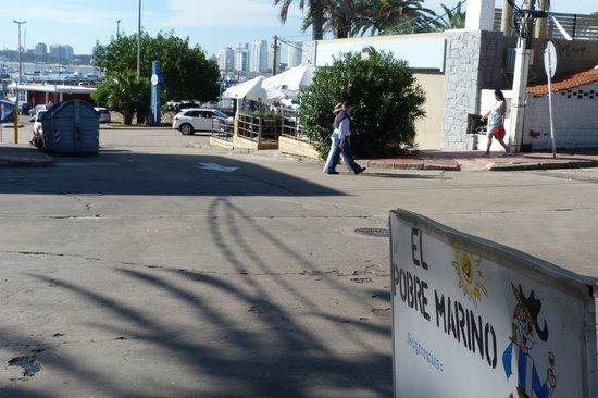 El Pobre Marino: Vista hacia el puerto.