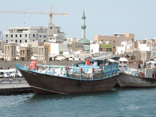 Dubai Creek : Working Dhow