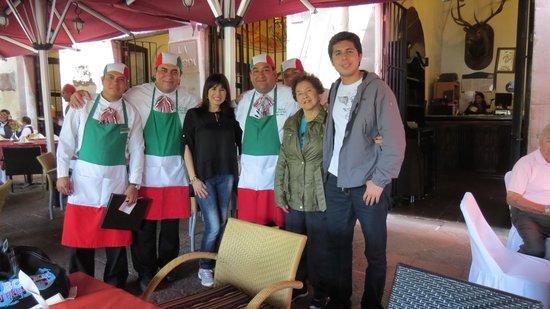 El Meson de Chucho El Roto: de viaje con mi familia, gracias por su atención