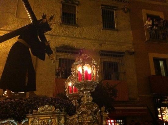 Egana Santo : una de las pocesiones de jueves santo