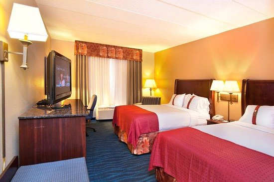 Holiday Inn Hotel & Suites Council Bluffs-I-29: Queen