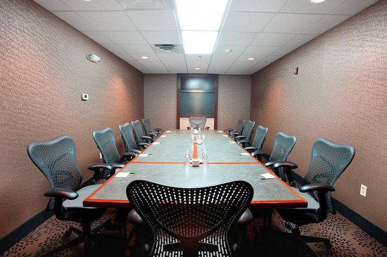 Holiday Inn Hotel & Suites Council Bluffs-I-29: Boardroom