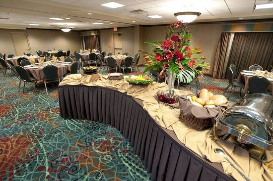 Holiday Inn Hotel & Suites Council Bluffs-I-29: Banquet