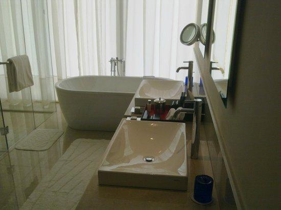 The Oberoi, Dubai: Bathroom