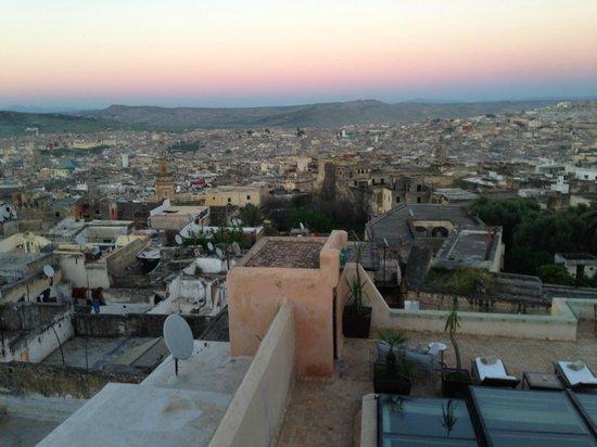 Riad Fes - Relais & Chateaux : VISTAS MEDINA DESDE HABITACION