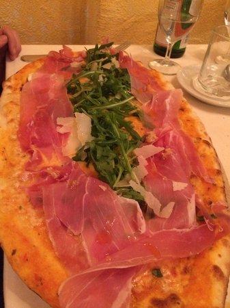 Scala: Auch diese Pizza: unglaublich!!!