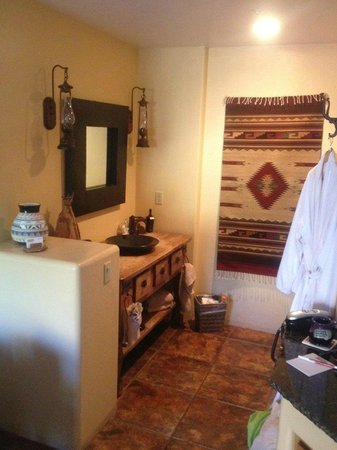 The Suites at Sedona: Sink Area