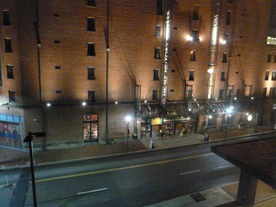Hampton Inn & Suites Pittsburgh - Downtown : Senator Heinz Center, se vé desde la habitación