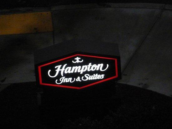 Hampton Inn & Suites Pittsburgh - Downtown : El nombre del hotel