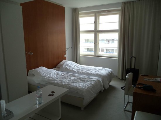 Ellington Hotel Berlin: Room ( after 4 nights stay )
