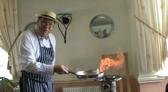 Marina Restaurant : Serve Flambe