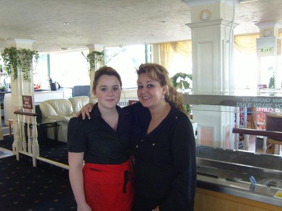 Marina Restaurant : The Girls