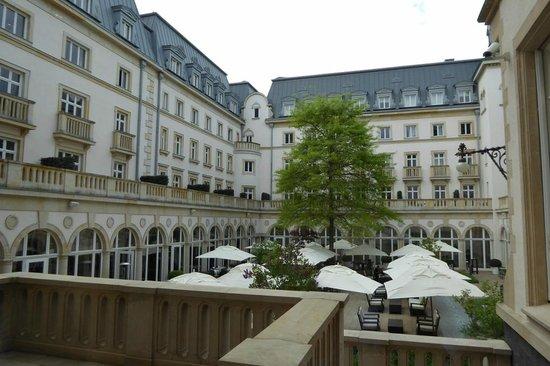 Villa Kennedy: Atrium Innenhof