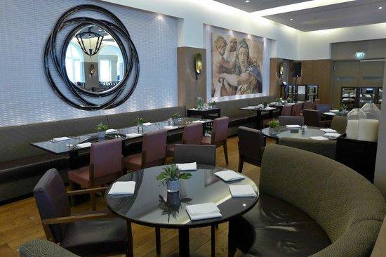 Villa Kennedy: Restaurant