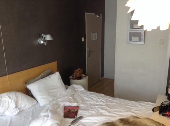 Hotel Victorie: vue de la chambre