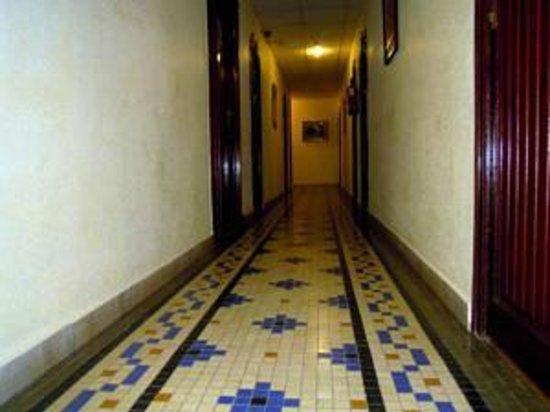 Antiguo Hotel Europa : Corredor quartos