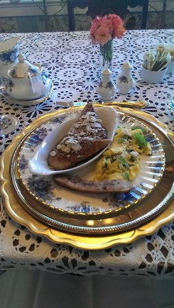 The Inn on Knowles Hill Bed and Breakfast Hotel: 2nd Course-breakfast
