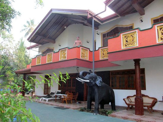 Sumal Villa: Good accomodation