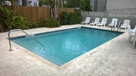 La Pensione Inn: Pool