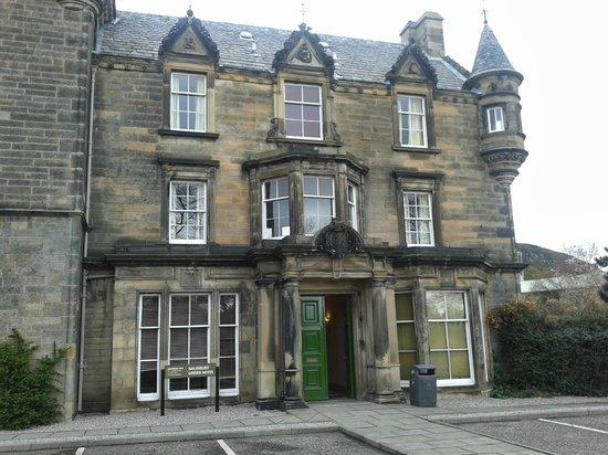 Pollock Halls - Edinburgh First: Edificio histórico dentro de Pollock Halls