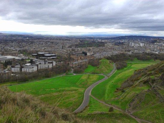 Pollock Halls - Edinburgh First: Subida a Arthur's Seat desde Pollock Halls