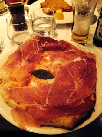 Chez Bartolo: Pizza Buffala !