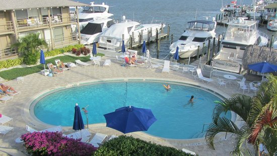 Cove Inn on Naples Bay : bayside view third floor