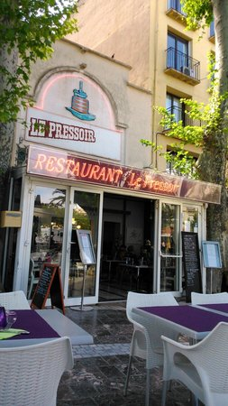 Le Pressoir : El restaurant
