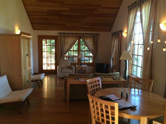 Ratna Ling Retreat Center : Inside the guest lodges