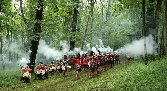Jeannette, PA: british troops defending