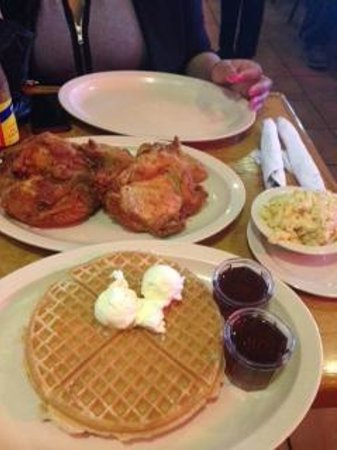 Roscoe's House of Chicken & Waffles: Great Food