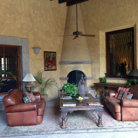 Hacienda De Los Santos: One of many Hacienda's cozy little nooks