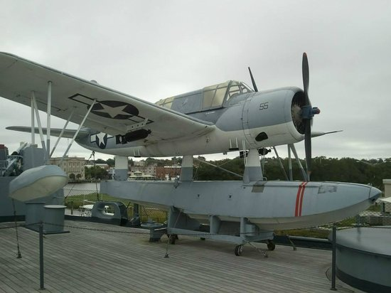 Battleship NORTH CAROLINA: Small Plane that saved lives!