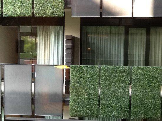 Las Suites : a distância entre as janelas dos quartos