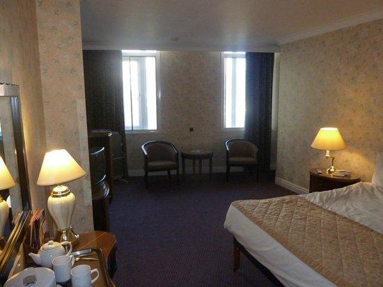 Britannia Sachas Hotel: Bedroom