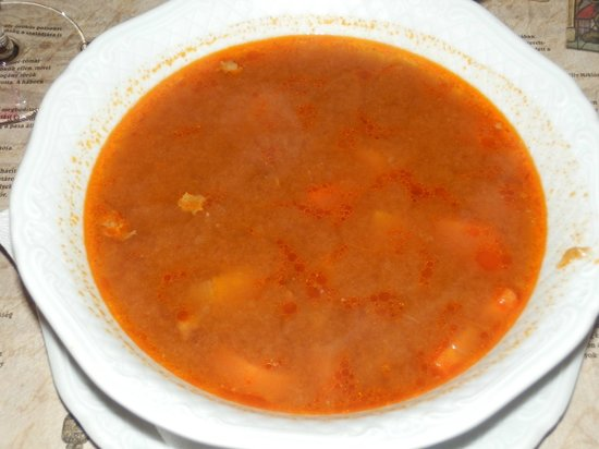 Palffy Etterem: zuppa di gulasch