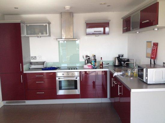 Staycity Aparthotels Laystall Street : Kitchen