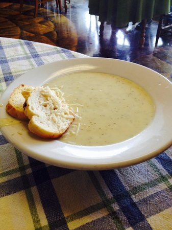 Chef John's Bakery & Cafe: Bowl of Homemade Dill Havarti Soup